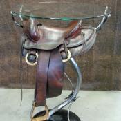 Saddle-table