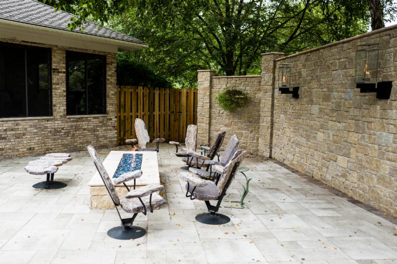 Outdoor_Patio_Furniture_Stone